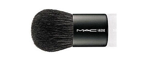 Mac-Must-have-brush-182-570.jpg